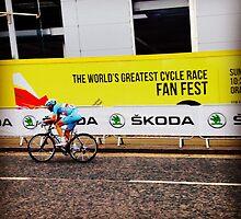 Tour de France 2 by Robert Steadman