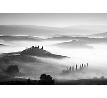 Early morning mist, Val D'Orcia, Tuscany, Italy. Photographic Print