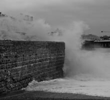 Waves crashing off Brighton Pier by Kevin  Poulton