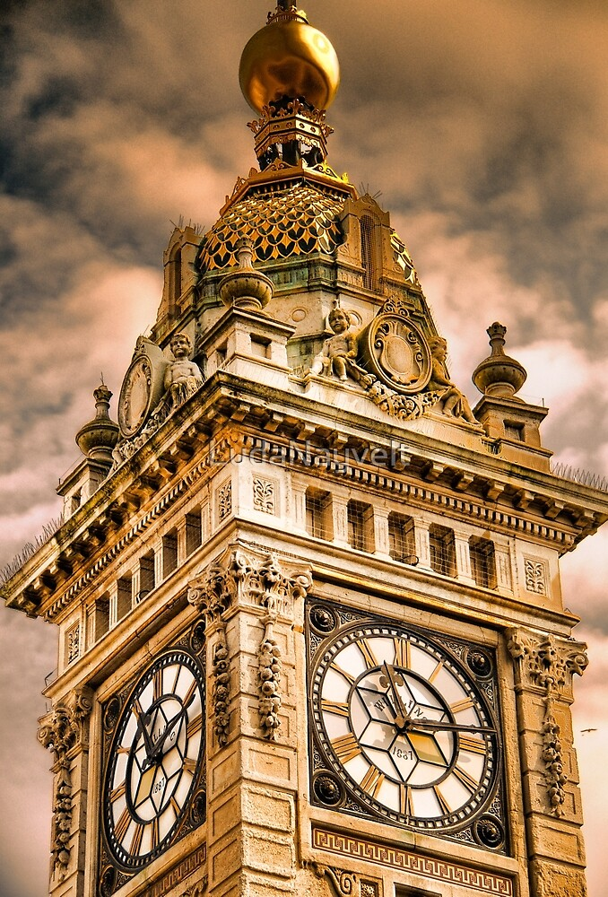 Brighton Clock Tower by LudaNayvelt