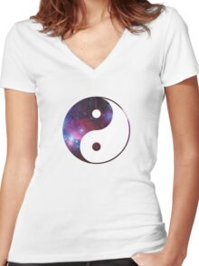 Ying and yang galaxy Women's Fitted V-Neck T-Shirt