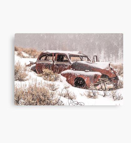 Auto in Snowstorm Metal Print