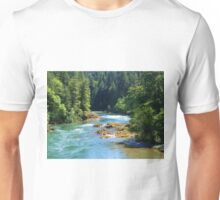 BEAUTIFUL FLOWING OREGON RIVER IN THE WOODS Unisex T-Shirt