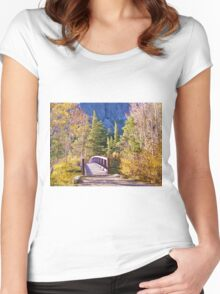 MAMMOTH LAKES BRIDGE OVER BABBLING BROOK WITH FALL COLORS Women's Fitted Scoop T-Shirt