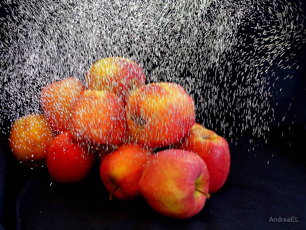 Apple Shower by AndreaEL