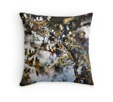 The dreaming Throw Pillow