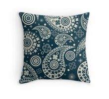 Clover seamless paisley pattern Throw Pillow
