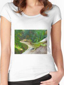 Green Lizard Women's Fitted Scoop T-Shirt