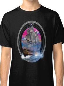 fotogradia de barco zoom Classic T-Shirt