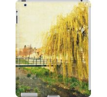 The Willow iPad Case/Skin