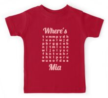 Baby Mia learns word puzzle Kids Tee