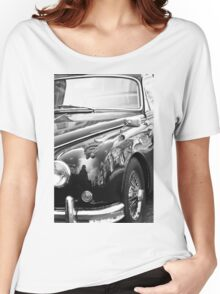 Mirror car Women's Relaxed Fit T-Shirt