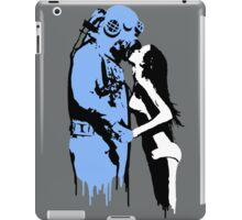 drip's & diving iPad Case/Skin