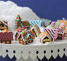 Who Needs a Cake When You Can Get Tiny Houses? by PetitPlat