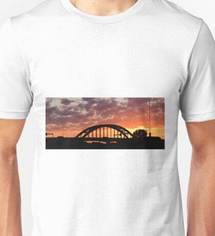 Lekbrug Vianen by sunset Unisex T-Shirt