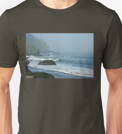 San Francisco Fog - China Beach Rolling Surf Unisex T-Shirt