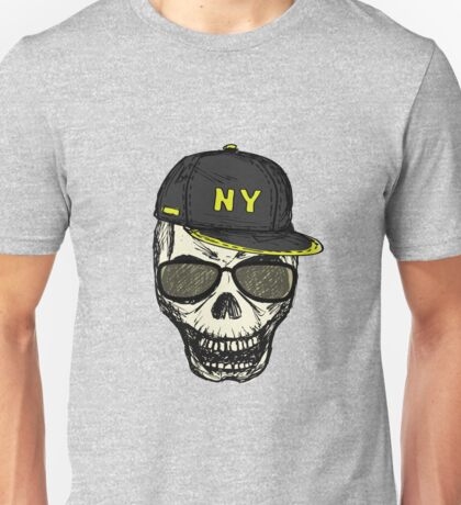 Scary skull in fashionable glasses and cap Unisex T-Shirt