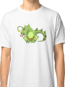 small dragon play with boll Classic T-Shirt