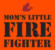 MOM'S LITTLE FIREFIGHTER Kids Tee