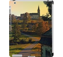 Road up to the hill | landscape photography iPad Case/Skin