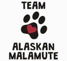 Team Alaskan Malamute T-Shirt