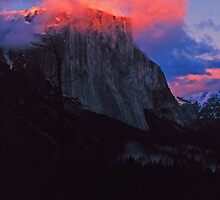 EL CAPITAN,WINTER SUNSET by Chuck Wickham