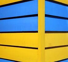 Blue and yellow Brighton beach hut by BeninFreo