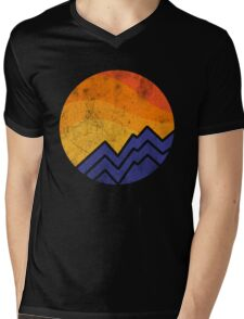 Vintage Sunset In The Mountain Mens V-Neck T-Shirt