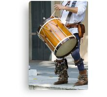 dances and dances with drum and bagpipe Canvas Print