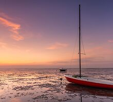 Sailing boat at low tide by Natuuraandemuur
