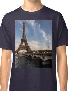 Tour Eiffel et Pont d'Iéna Classic T-Shirt