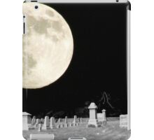 Moonlit Graveyard iPad Case/Skin