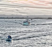 Heading to sea - Richmond River Ballina by Karen Eaton