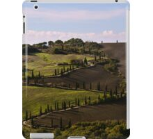 Etruscan Road, La Foce, Val D'Orcia, Tuscany, Italy iPad Case/Skin