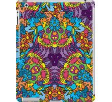 Psychedelic jungle kaleidoscope ornament 30 iPad Case/Skin