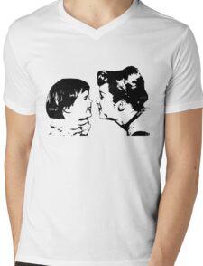 Carrie Fisher & Debbie Reynolds Mens V-Neck T-Shirt