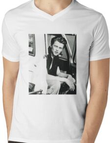 Leo DiCaprio - 90's Mens V-Neck T-Shirt