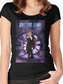 Crouching Capaldi Women's Fitted Scoop T-Shirt