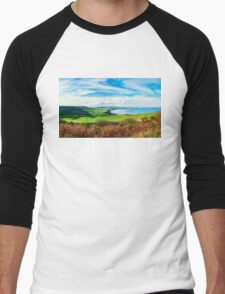 Scenic View over of Robin Hoods Bay in Ravenscar, North Yorkshire, England Men's Baseball ¾ T-Shirt