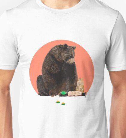 Bear and Cat - best friends Unisex T-Shirt
