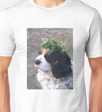 Cavalier King Charles Spaniel with Wreath Unisex T-Shirt