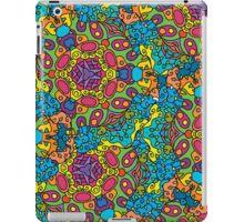Psychedelic jungle kaleidoscope ornament 34 iPad Case/Skin