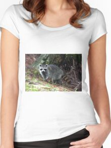 RACOON Women's Fitted Scoop T-Shirt