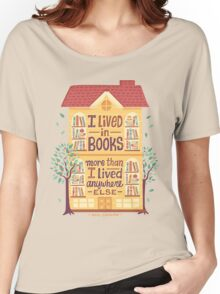 Lived in books Women's Relaxed Fit T-Shirt