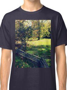 Zig Zag Fenced 1.0 Classic T-Shirt