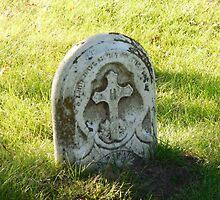 gravestone by finchjulie