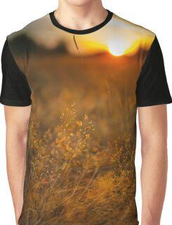Selective focus sunset Graphic T-Shirt