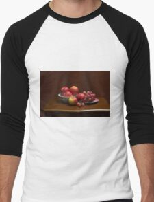 Still life with apples and grapes Men's Baseball ¾ T-Shirt