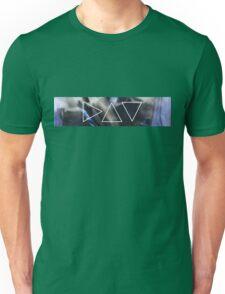 'egy' triangles II  Unisex T-Shirt