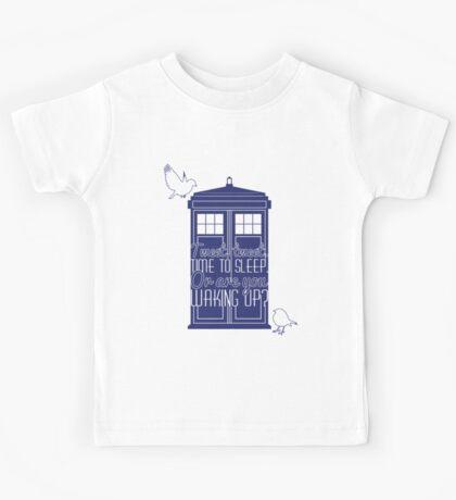"""Doctor Who - """"Tweet, Tweet. Time To Sleep."""" Kids Tee"""